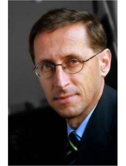 Varga Mihály a kormány tagja    Fotó:www.vargamihaly.hu